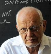 Zemřel profesor RNDr. Emil Paleček, DrSc.