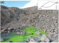 Jedno ze zkoumaných jezer s podpovrchovým odtokem.  Zdroj: Autoři původního článku, upraveno.