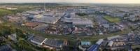 Jsou velké továrny jako ta v Mladé Boleslavi nejdůležitějším faktorem regionálního rozvoje? Zdroj: cs.wikipedia.org, foto Zdeněk Fiedler.