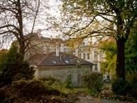 budova_podzim1