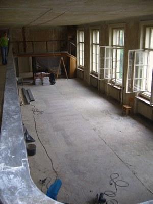 Rekonstrukce: vystěhovaná sbírka, červenec 2011