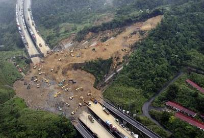 landslide9.jpg